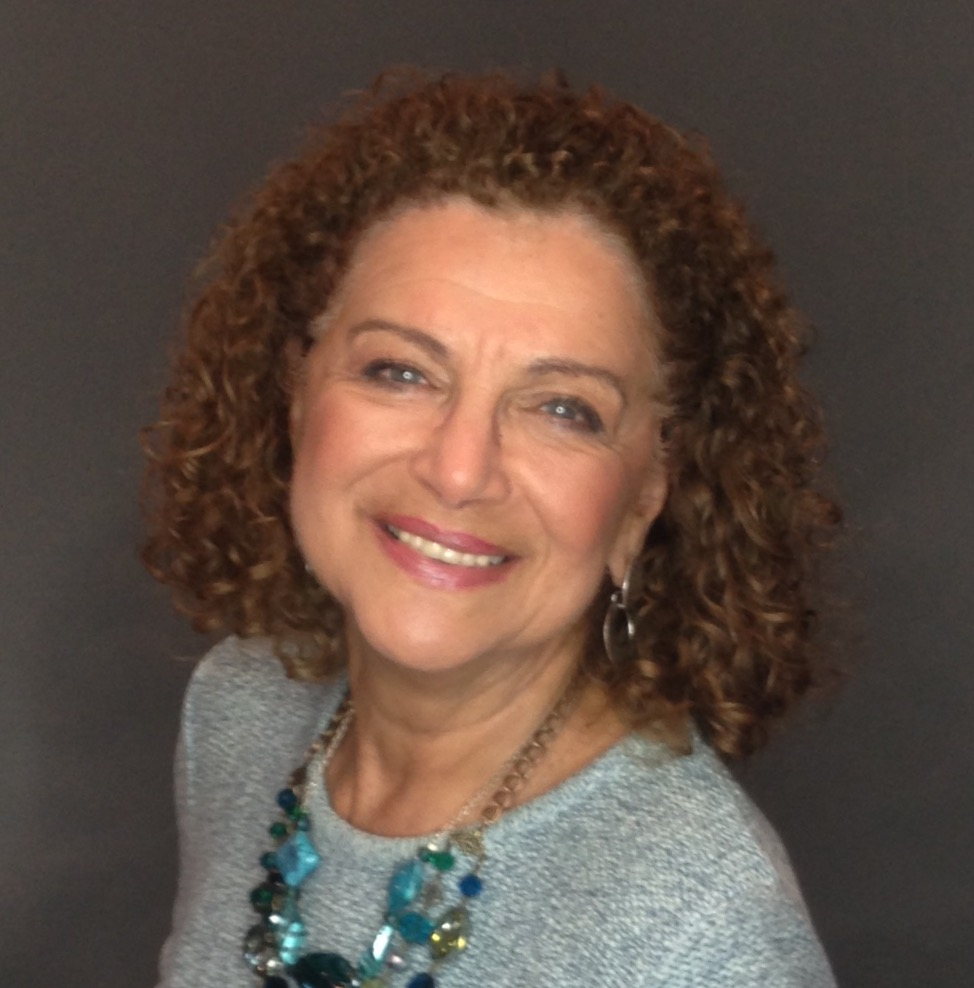 Evelyn Kanter - Automotive writer specializing in the auto industry